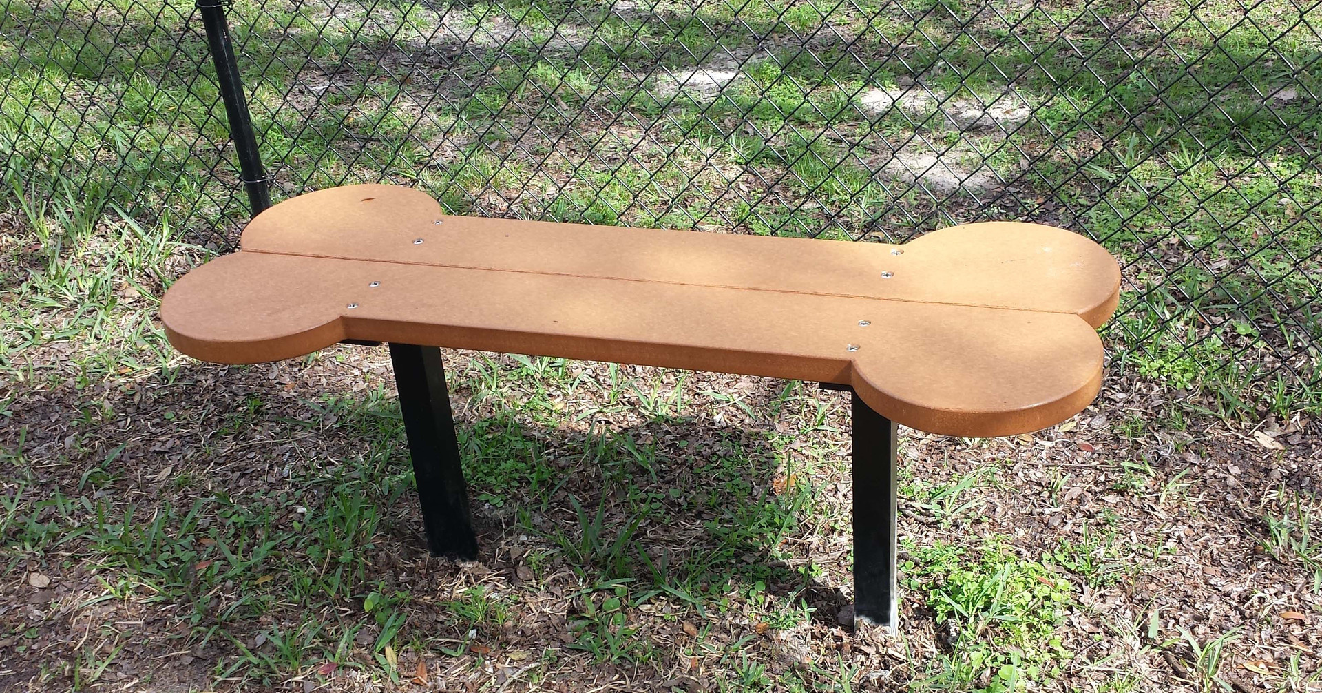 Biscuit bone seat 6 39 Bench dog